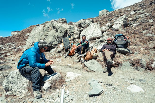 尼泊爾,登山