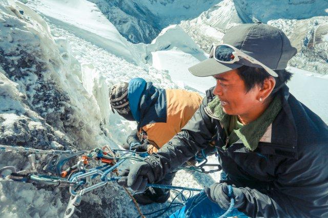 尼泊爾,冰爆