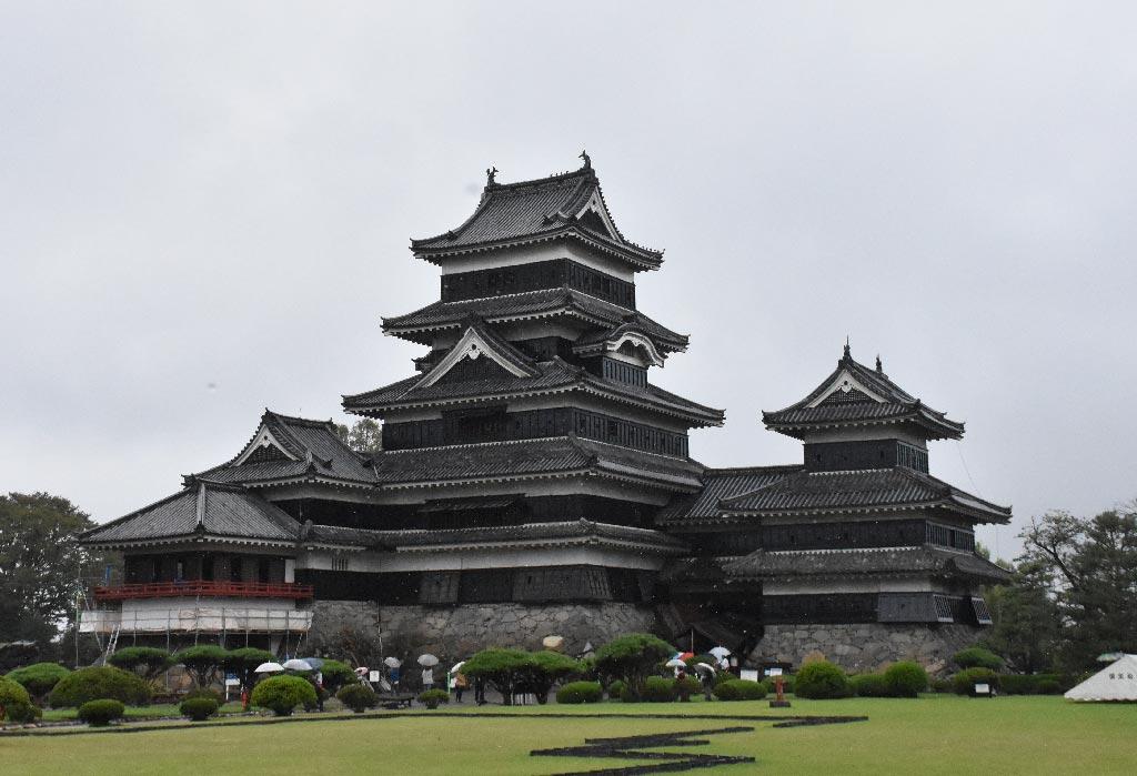 半個旅遊記者的故事-松本城