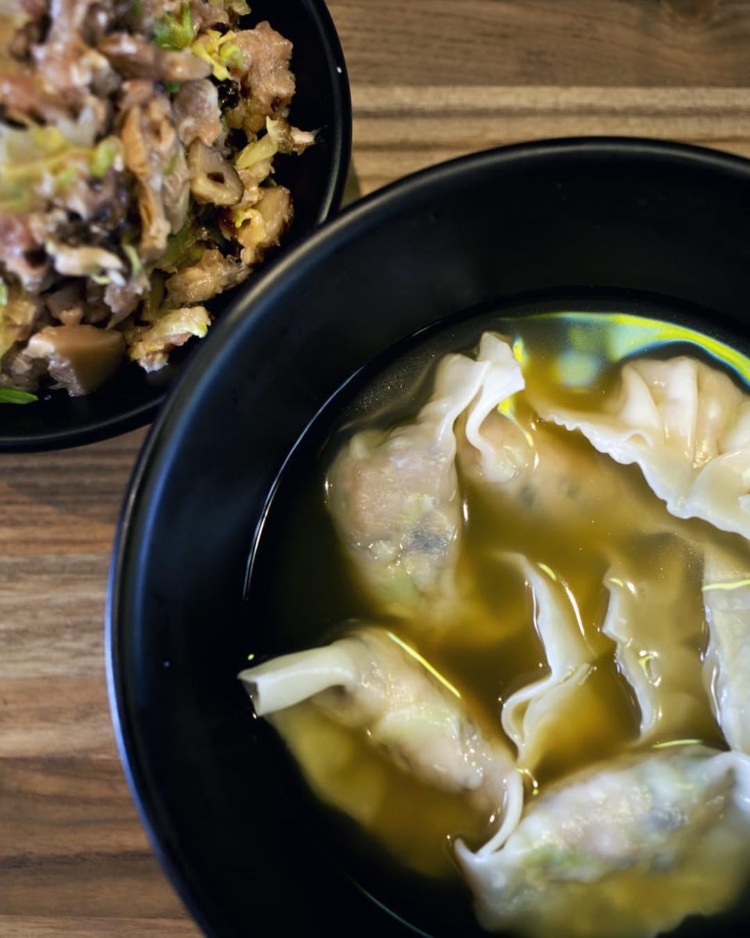 荔枝角黃店推介-甜記餃子-冬菇椰菜雲耳豬肉餃
