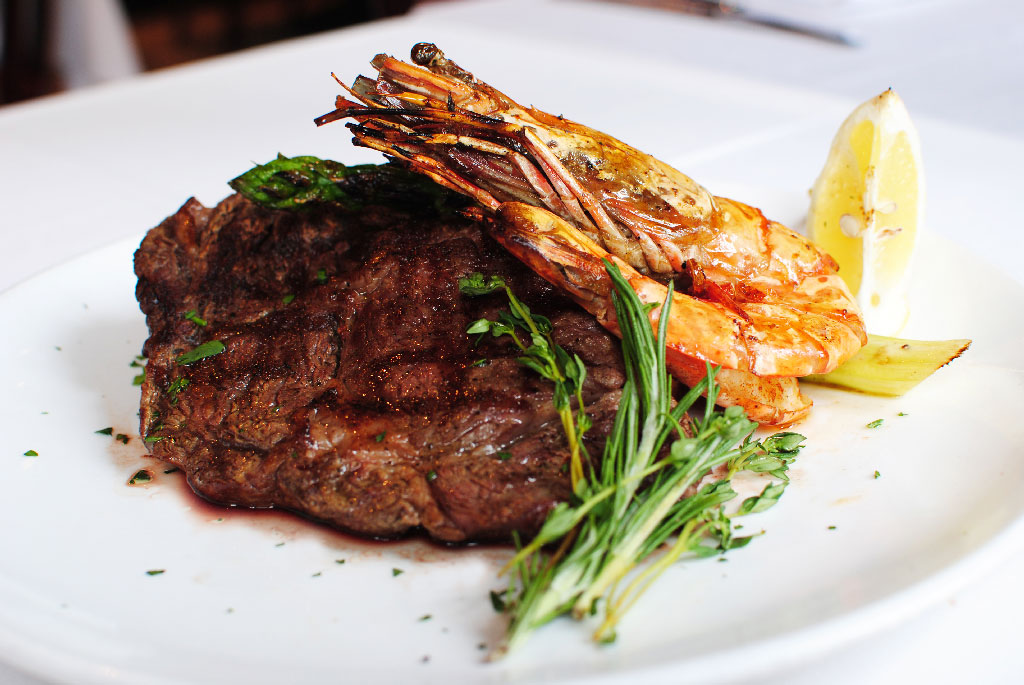 父親節餐廳2020-Grappa's-QRE-Father's-Day-Special-Grilled-U.S.-Rib-Eye-Steak-and-King-Prawn_4